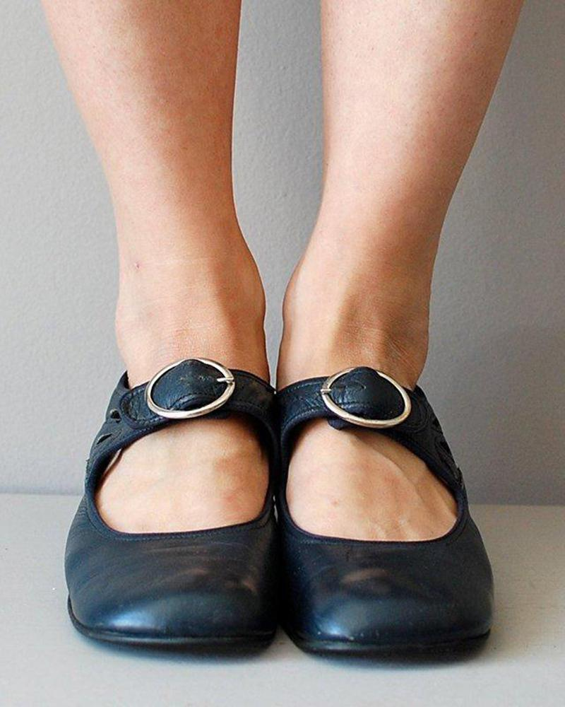 FarrGo Teardrop Cutout Round Toe Adjustable Buckle Vintage Mary Janes