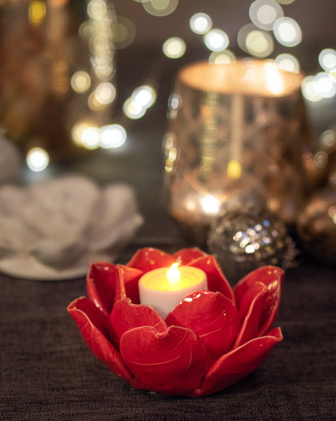 Red Flower T Light Holder