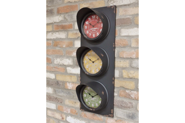 Traffic Light Clock