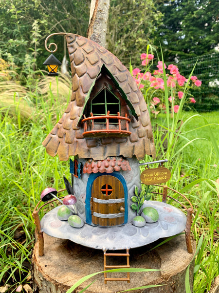 Pixie Top Hat House