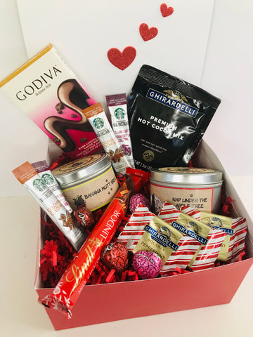 Valentines Day Chocolate & Candle Lovers Gift Set