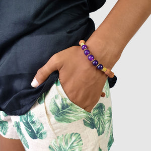 Load image into Gallery viewer, Bracelet Prayer rudraksha gemstone purple agate on model