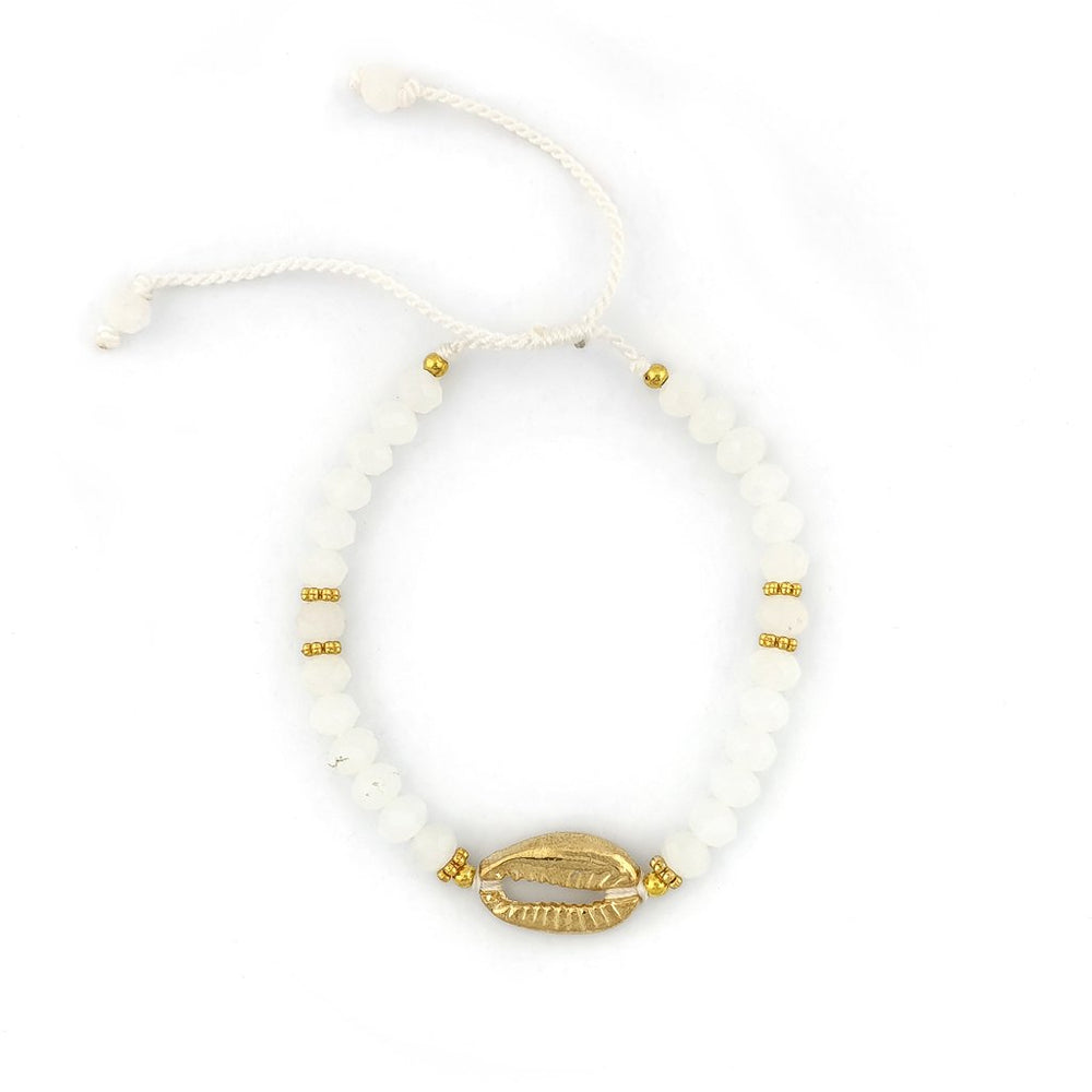 Load image into Gallery viewer, Bracelet with white crystals and gold brass shell