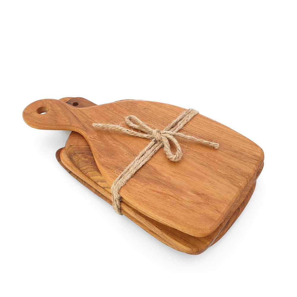 Load image into Gallery viewer, Wooden cheese boards in 4 different shapes made of teak in a set side view