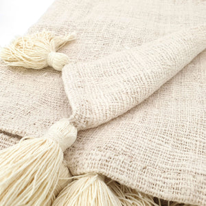 Load image into Gallery viewer, Handmade boho Cotton blanket with tassel cream color detail