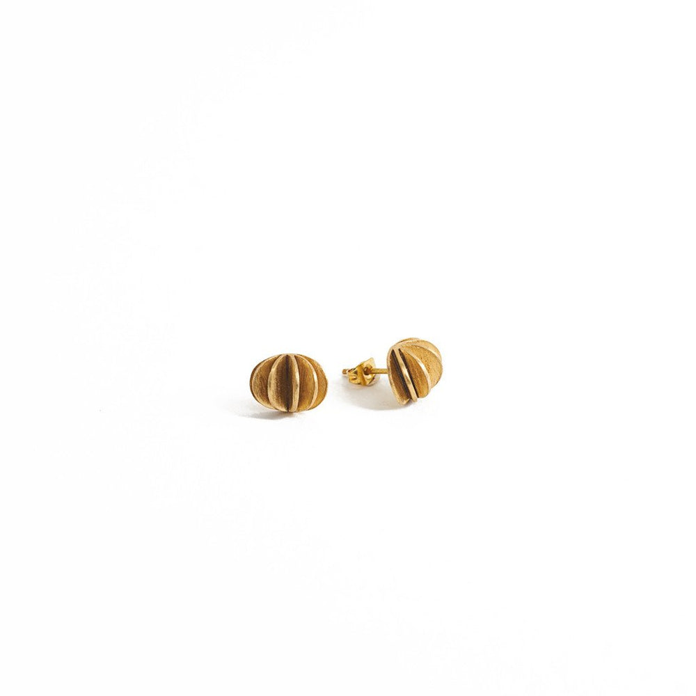 Load image into Gallery viewer, Earring Kipas Flower Stud Brass Gold