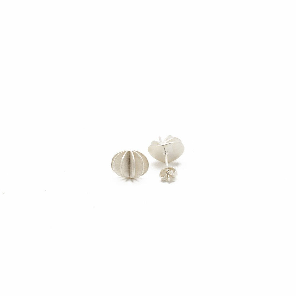Load image into Gallery viewer, Earring Kipas Flower Stud Brass Silver Plated