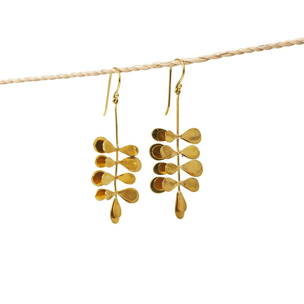 Load image into Gallery viewer, Earring Moringa Leaf Brass Gold