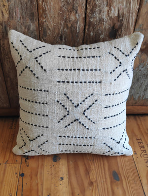 Load image into Gallery viewer, Cushion Cover Cotton Embroidery White