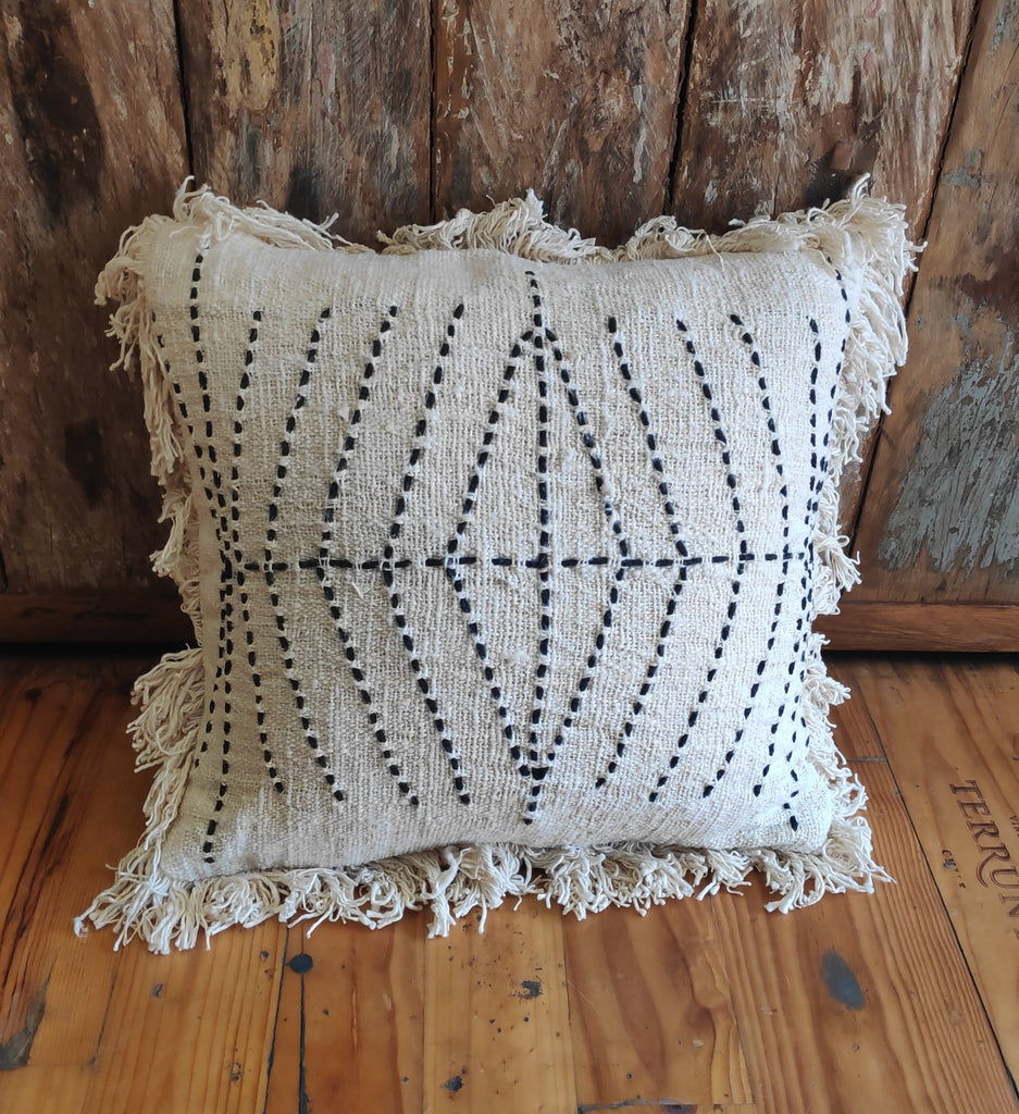 Cushion Cover Cotton Embroidery White w Fringes
