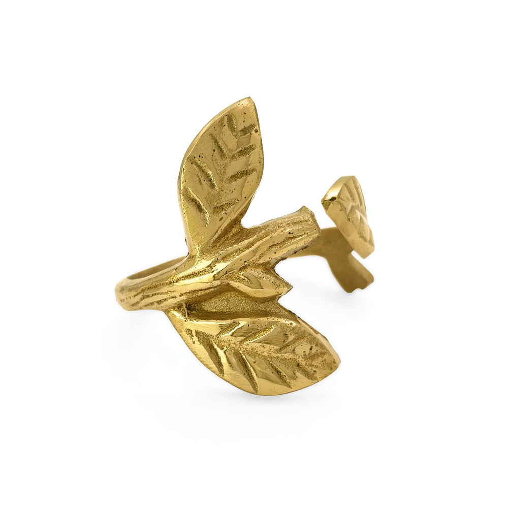 Load image into Gallery viewer, Handmade brass napkin ring leaf front view 2