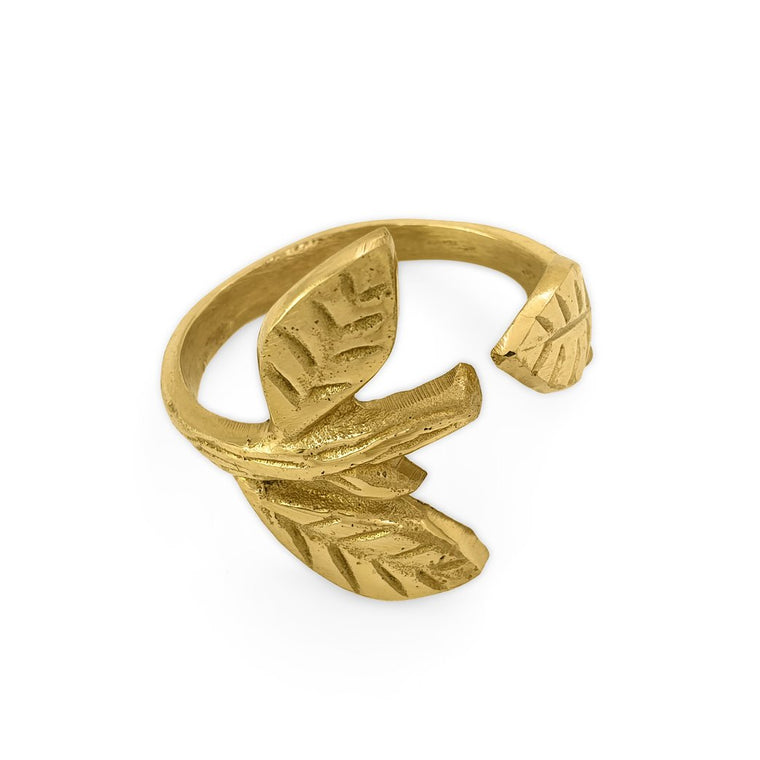 Handmade brass napkin ring leaf front view 1