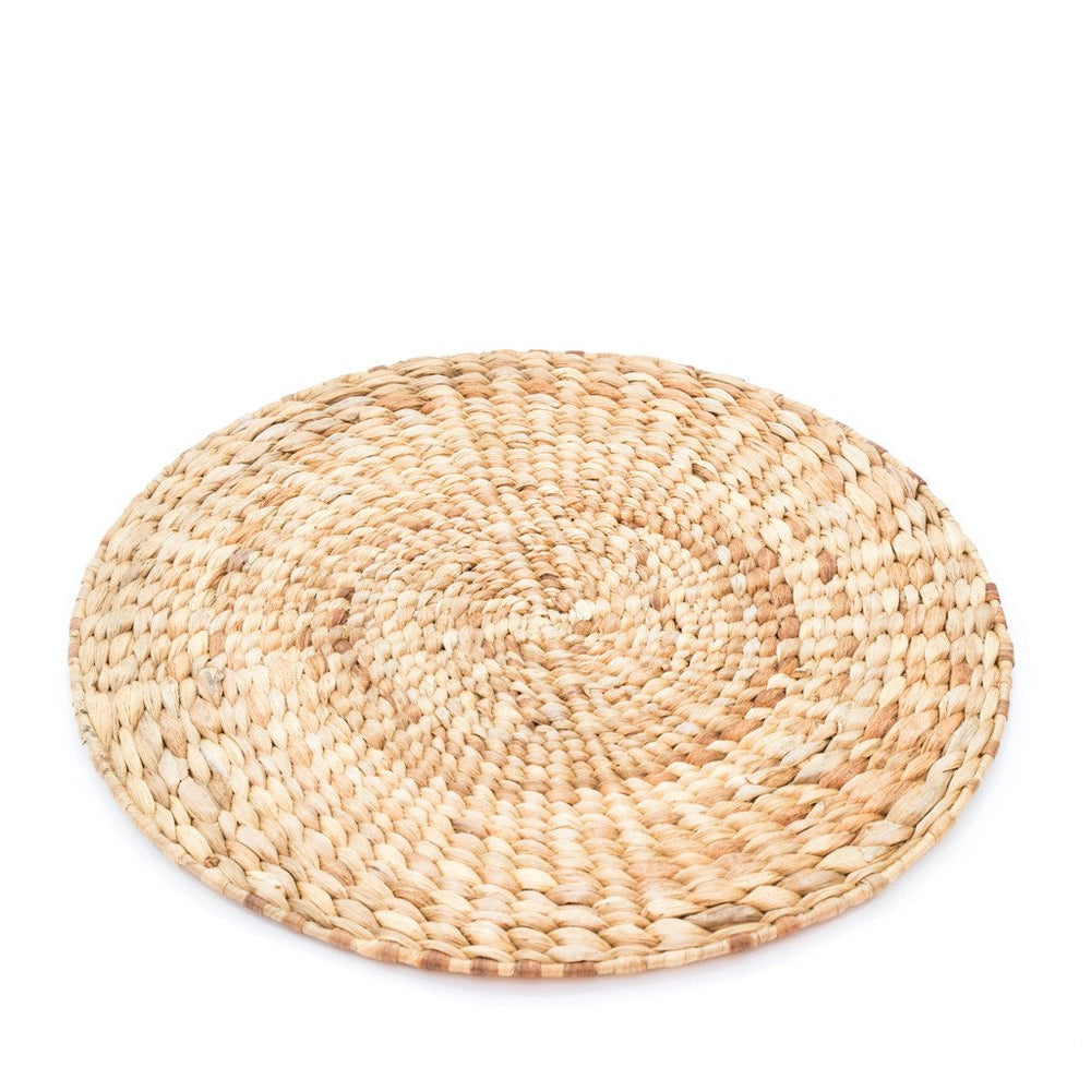 Placemate Round Water Hyacinth Braid