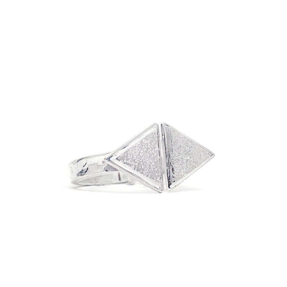 Load image into Gallery viewer, Ring Boho Triangle Outward silver