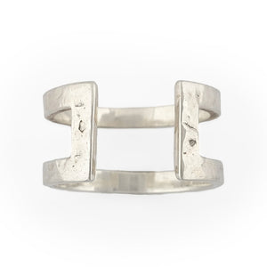Load image into Gallery viewer, Ring brass boho open rectangle hammered front silver