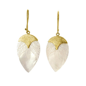 Load image into Gallery viewer, Brass and hand carved shell drop earring