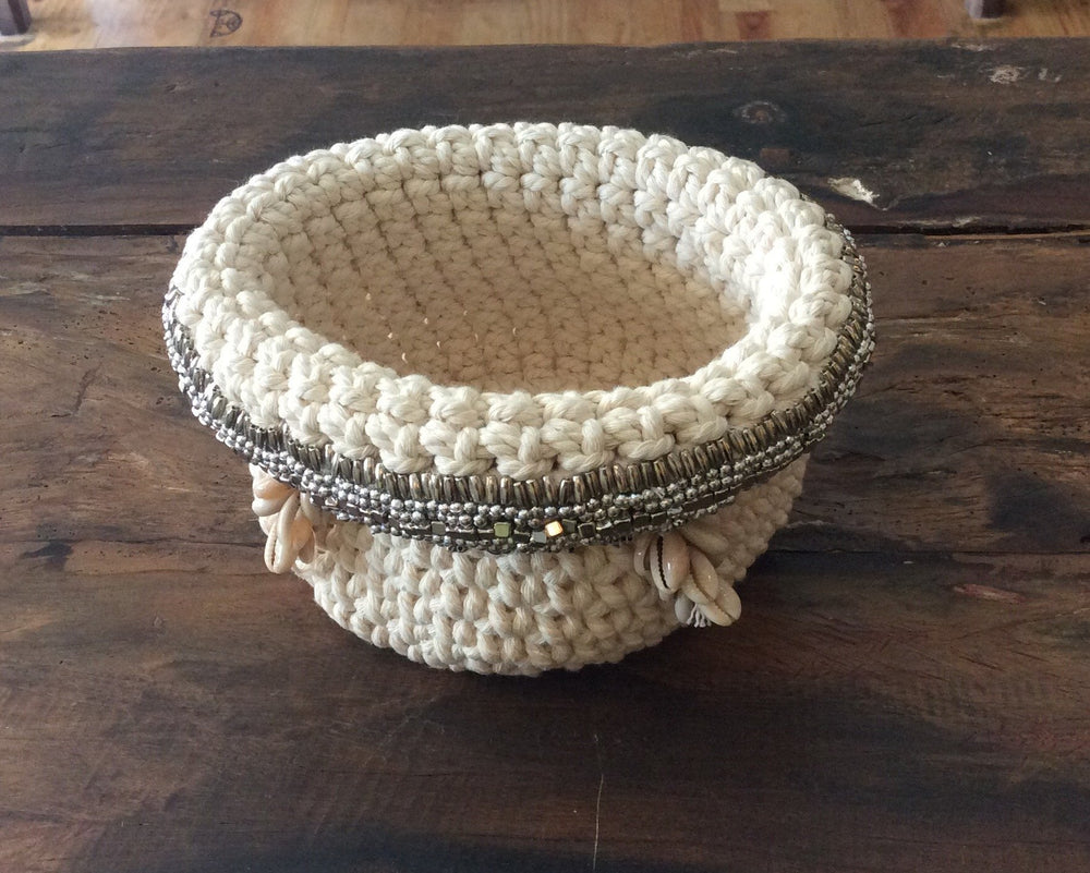 Load image into Gallery viewer, Crochet Basket Cowrie Shell Tassel
