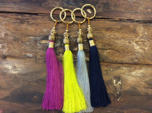 Load image into Gallery viewer, Keychain Tassel Pineapple Big