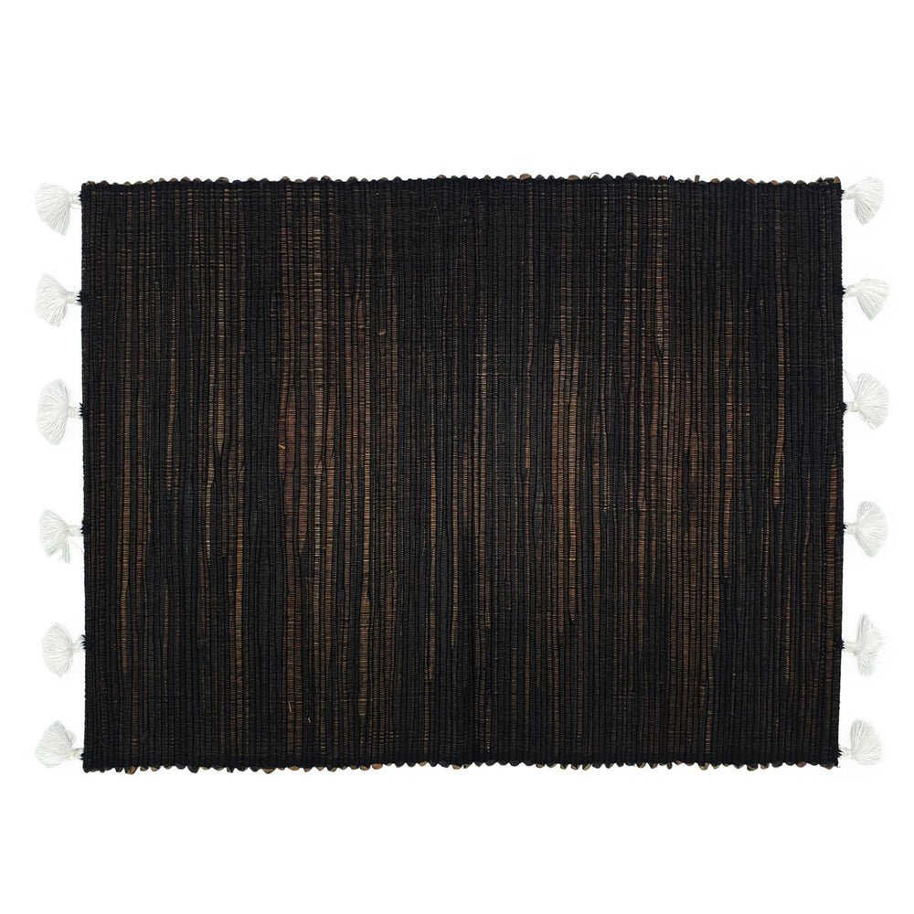 Load image into Gallery viewer, black placemat with white tassel