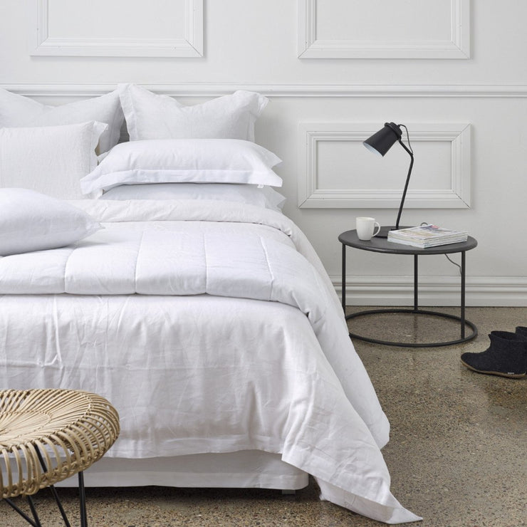 THREAD DESIGN Linen Duvet -White