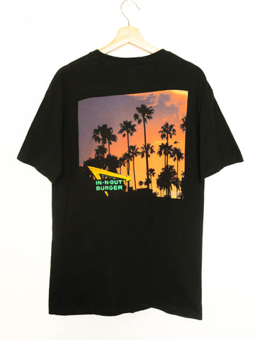 Vintage In n Out Burger T-shirt size: M