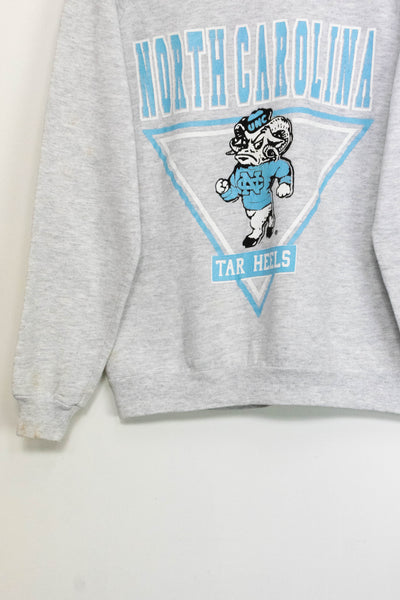 Vintage North Carolina sweater size: M