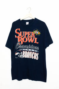 Vintage Super Bowl T-Shirt Size: L