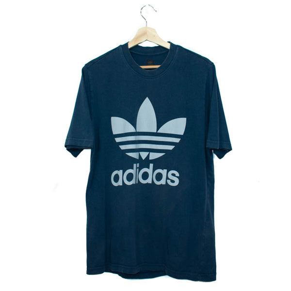 Vintage Adidas T-Shirt Size: S