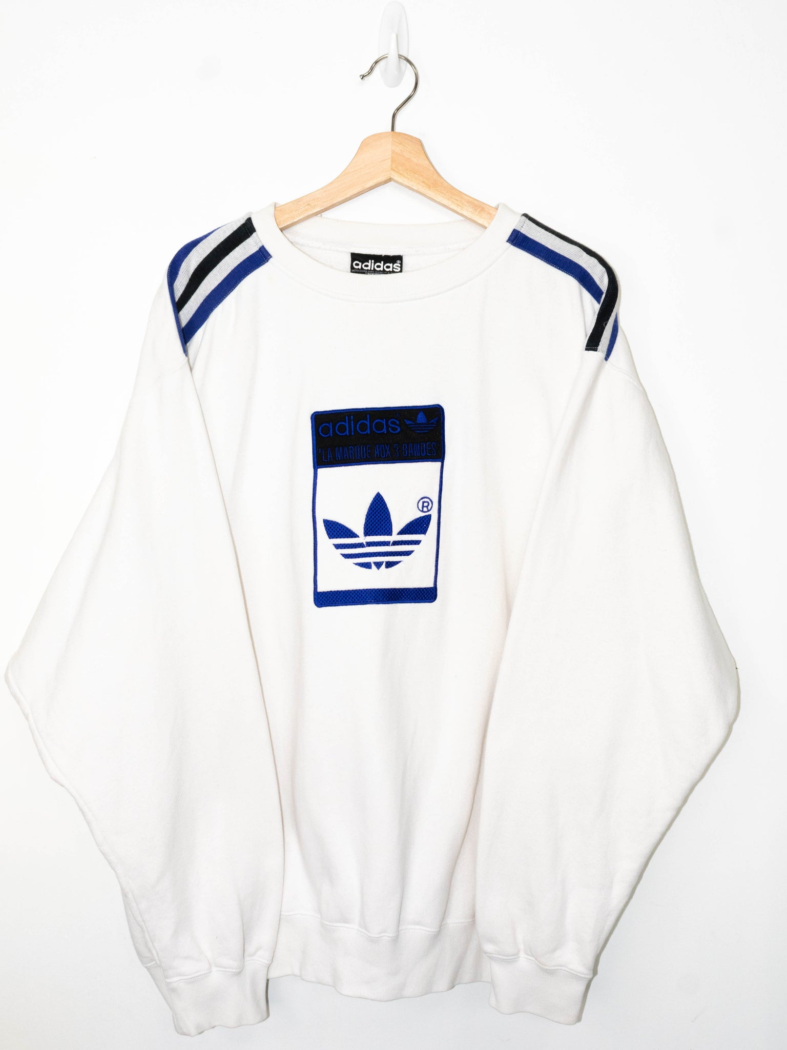 Vintage Adidas sweater size: L