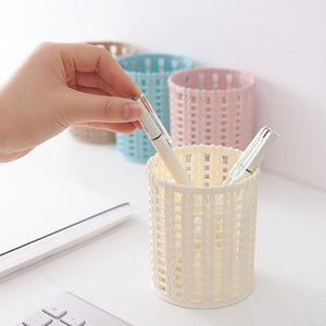Creative Rattan Plastic Pen Holder Multifunctional Hollow Boxes Desktop Office Stationery Bucket