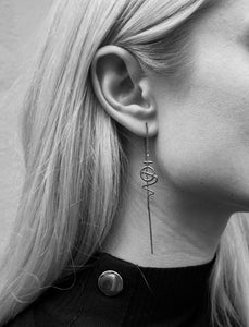 Venus Chain Earring - Oxidized Silver