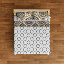 Load image into Gallery viewer, Ainsley Boho Reversible Antimicrobial, Ultra-Soft Quilt Set, Grey/Linen