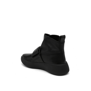 flux sneaker black angle in