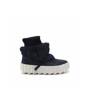 arctic bootie navy out view