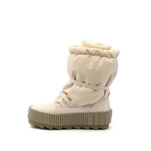 arctic boot off white in view