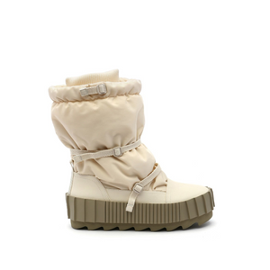 arctic boot off white out view