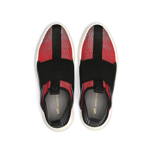 bo easy mens red + black top view