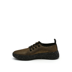 bo pleat gold mesh in view
