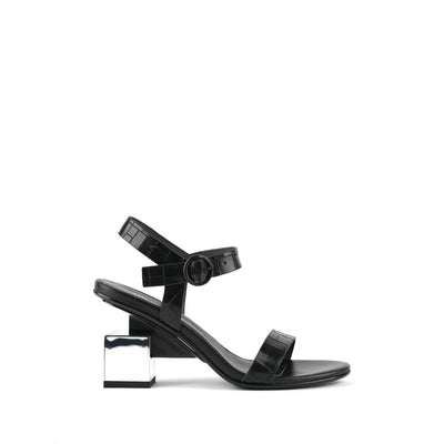 cube sandal mid black + mirror 1 out view