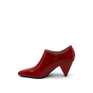 delta pure pump deep red in view