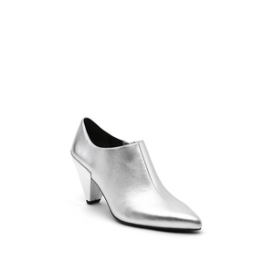 delta pure pump silver angle out view