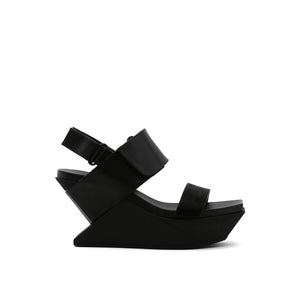 delta wedge sandal black out view