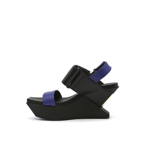 delta wedge sandal mid night in view