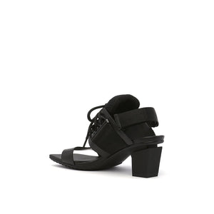 lev sport sandal mid black angle in view