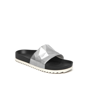 lo res mens earth metallic + silver angle out view