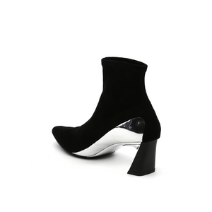molten flow ankle boot mid black angle in