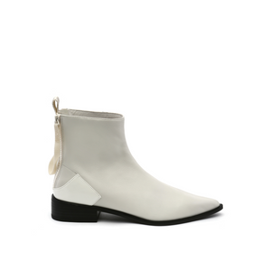 Pure Bootie | White