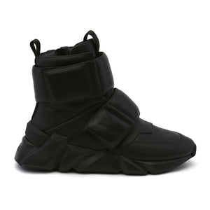 space kick stout mens black out