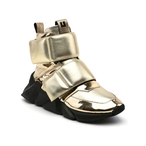 space kick stout mens gold angle out
