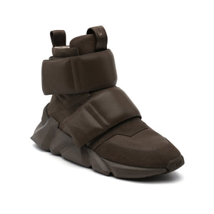 space kick stout mens sand angle out